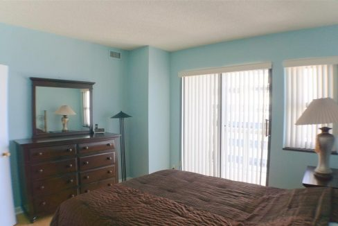 3204-2_bedroom