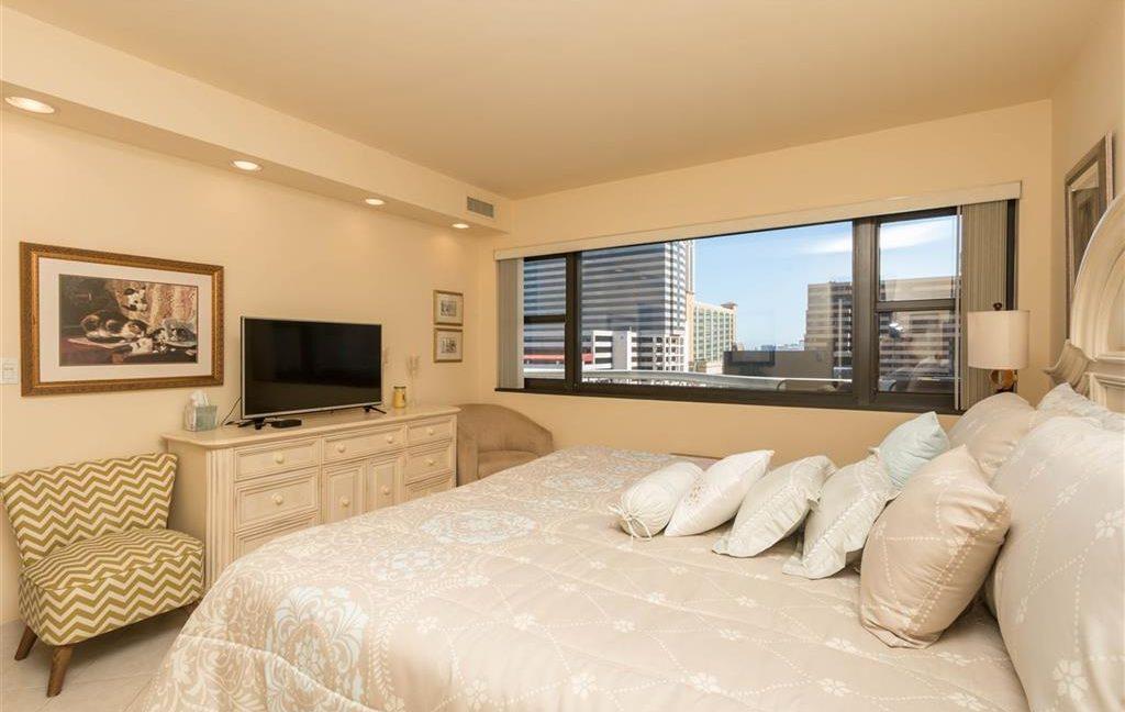 1005-1_bedroom_2