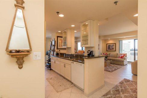 1005-1_kitchen