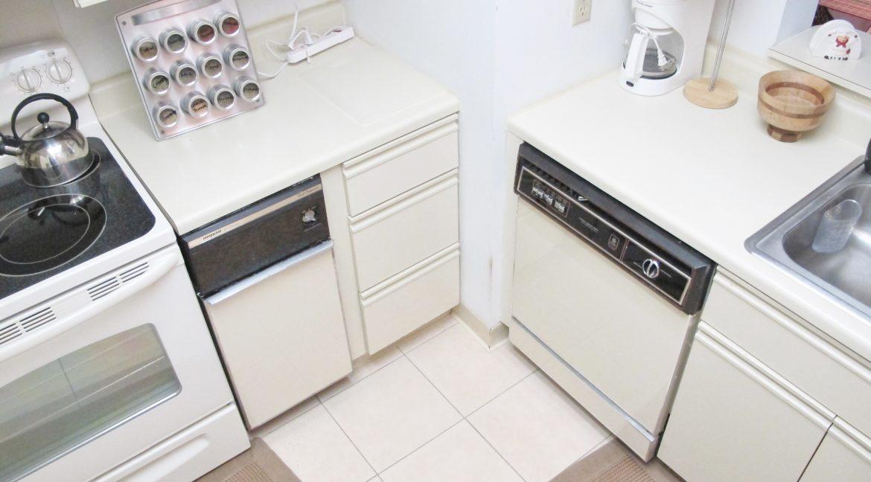 1407-1 Kitchen