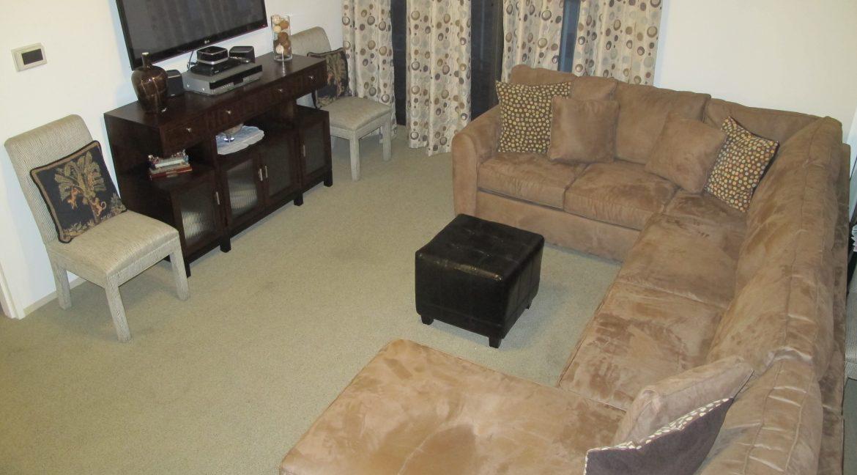 1004-1 Living Room 3
