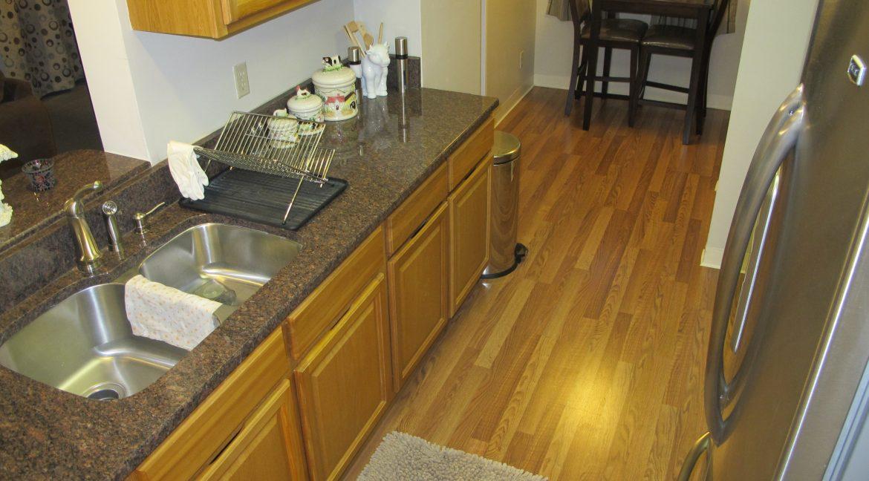 1004-1 Kitchen