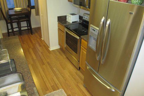 1004-1 Kitchen 2